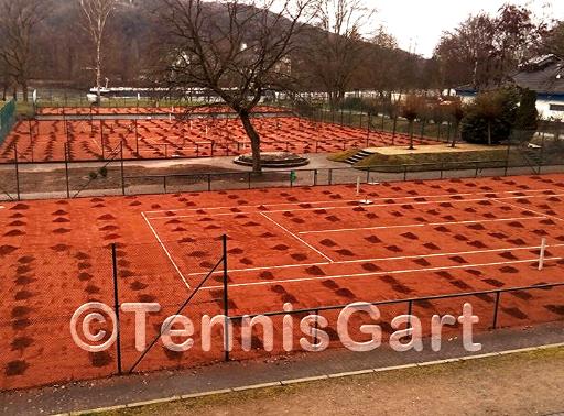 Frühjahrsinstandsetzung Tennisplatzbau